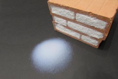 Tường siêu cách nhiệt với gạch chứa đầy hạt khí co